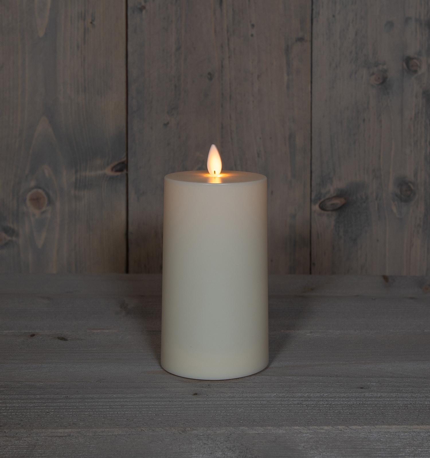 Kerze Elfenbein 8x14 cm auch für außen Image